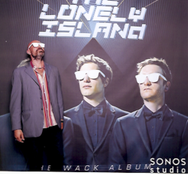 THE LONELY ISLAND !!!!!!